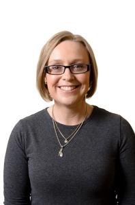 Fiona McCallum colour portrait May 2012 web resolution